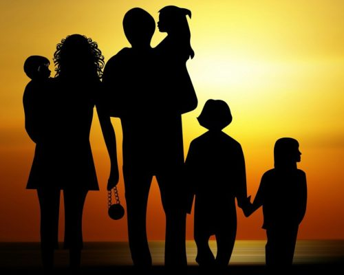 family-730320_1280-e1433157988678